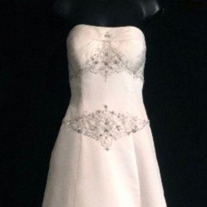 Dresses & Skirts - Rhinestone Strapless Wedding Gown   VS164